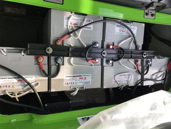 Bộ bình điện 8V*6 của xe điện chở hàng thùng lửng LVTONG