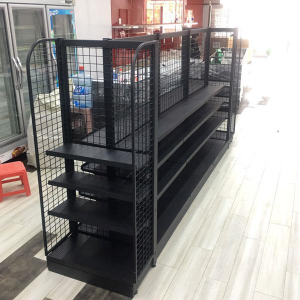 Kệ siêu thị lưng lưới màu đen cho cửa hàng tiện lợi