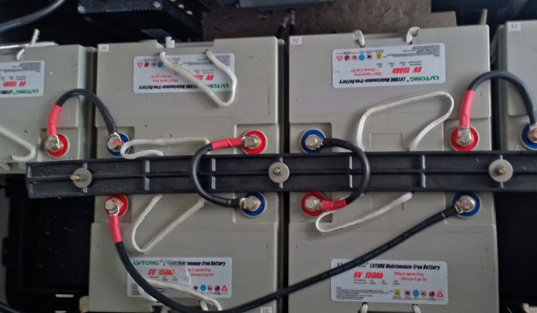 Bộ ắc quy trang bị bên trong xe điện du lịch