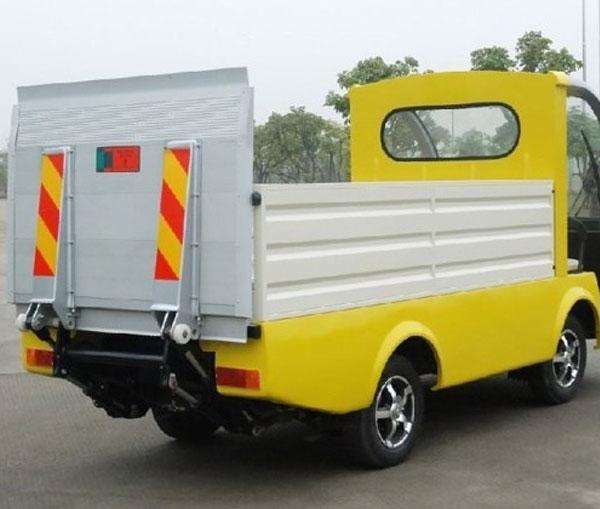 Mẫu ô tô tải điện thùng lửng có sàn nâng